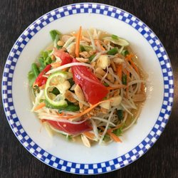 Ailine Cuisine Thailandaise 22 Photos Thai 10 Rue Pouchet Guy