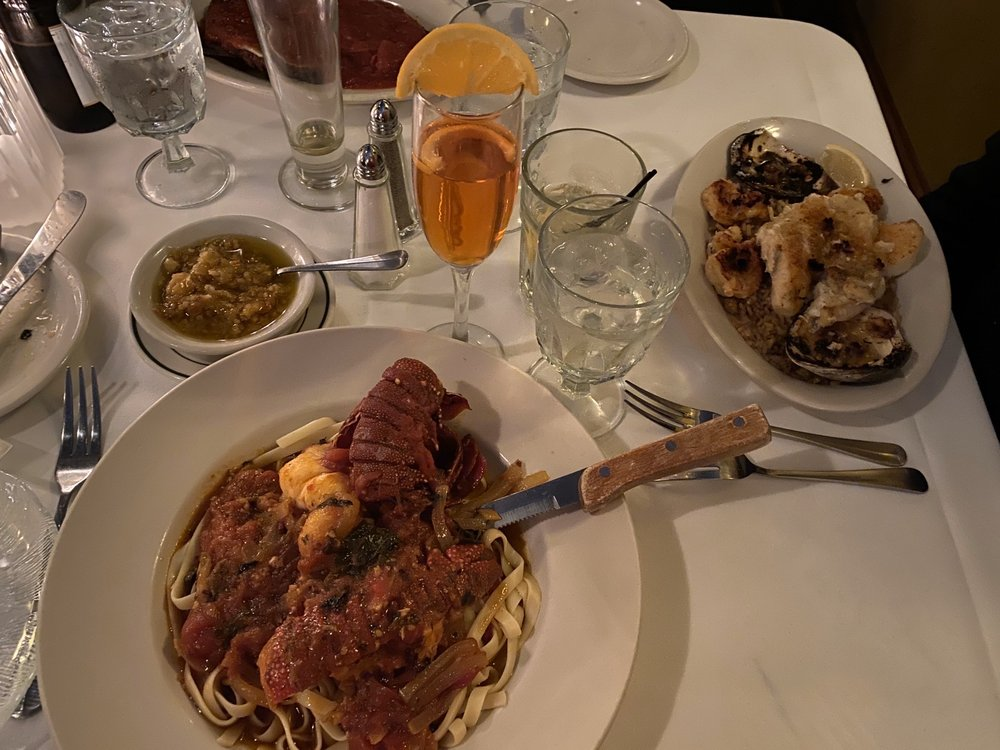 Morrone's Cafe & Lounge: 738 W 4th St, Williamsport, PA