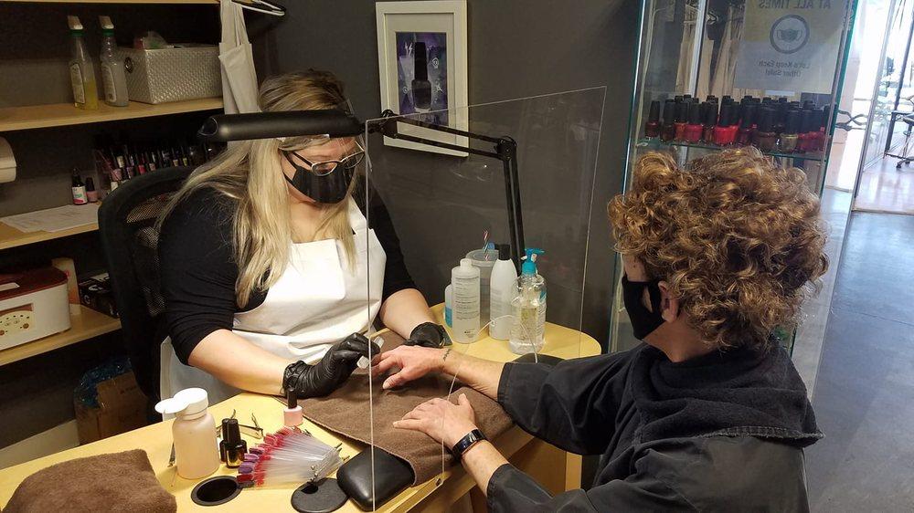 Robert Anthony Hair Design: 2300 Cline Ave, Schererville, IN