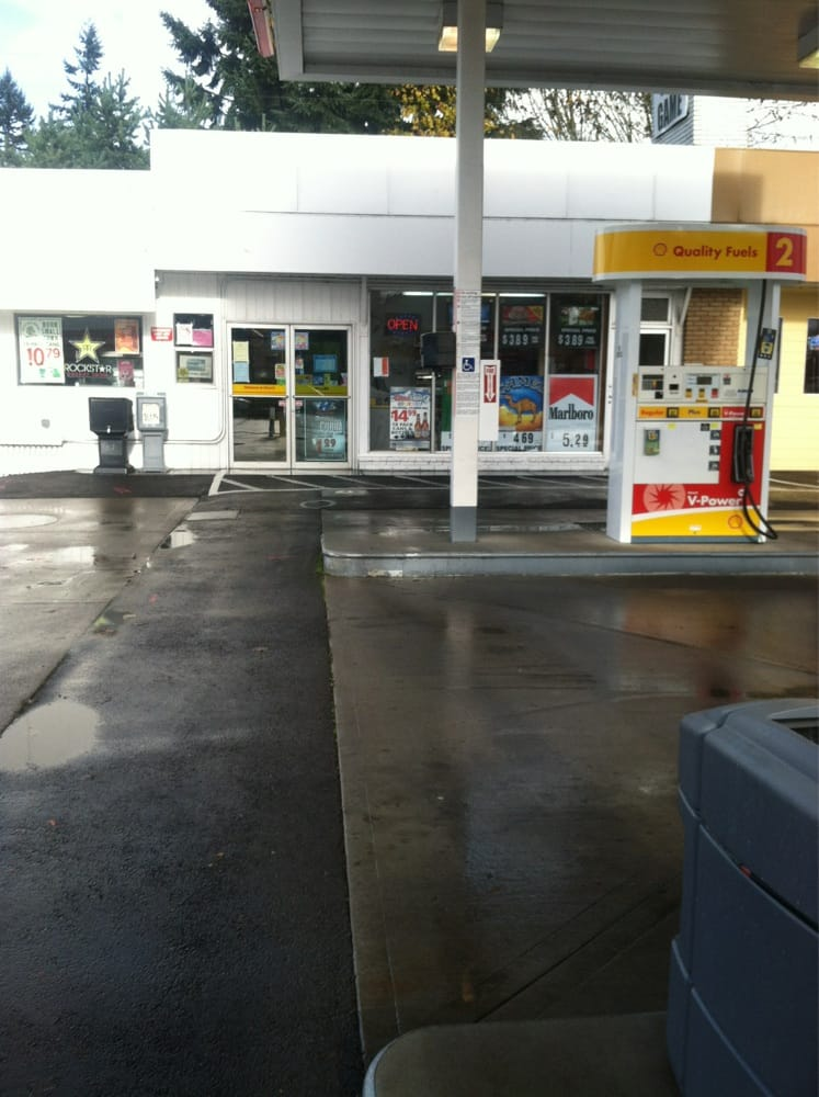 Shell: 1306 Main St, Sweet Home, OR
