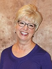 Cindy Robarge, Realtor: 774 Olson Dr, Papillion, NE
