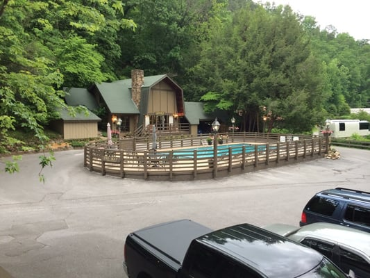Riverhouse Motor Lodge 610 River Rd Gatlinburg, TN Hotels & Motels - MapQuest