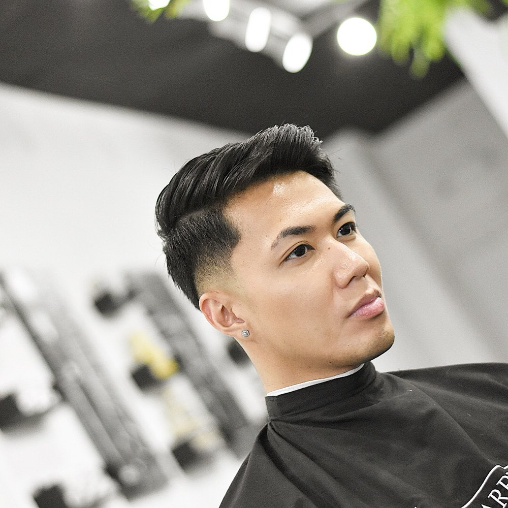 The barber's den: 115 South St, Philadelphia, PA