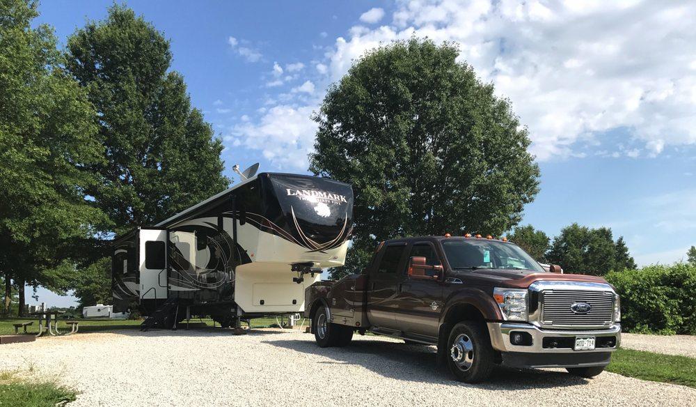Longview Lake Campground