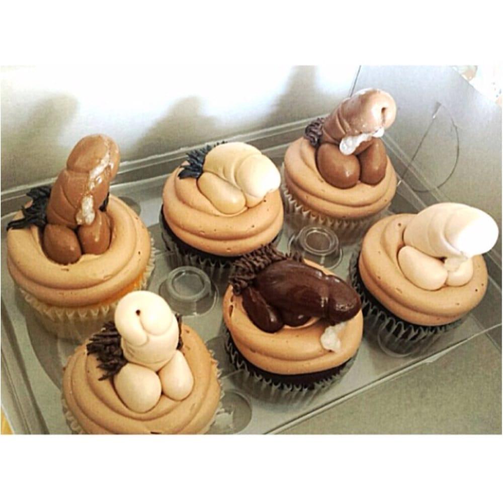 Bachelorette Cakes Las Vegas