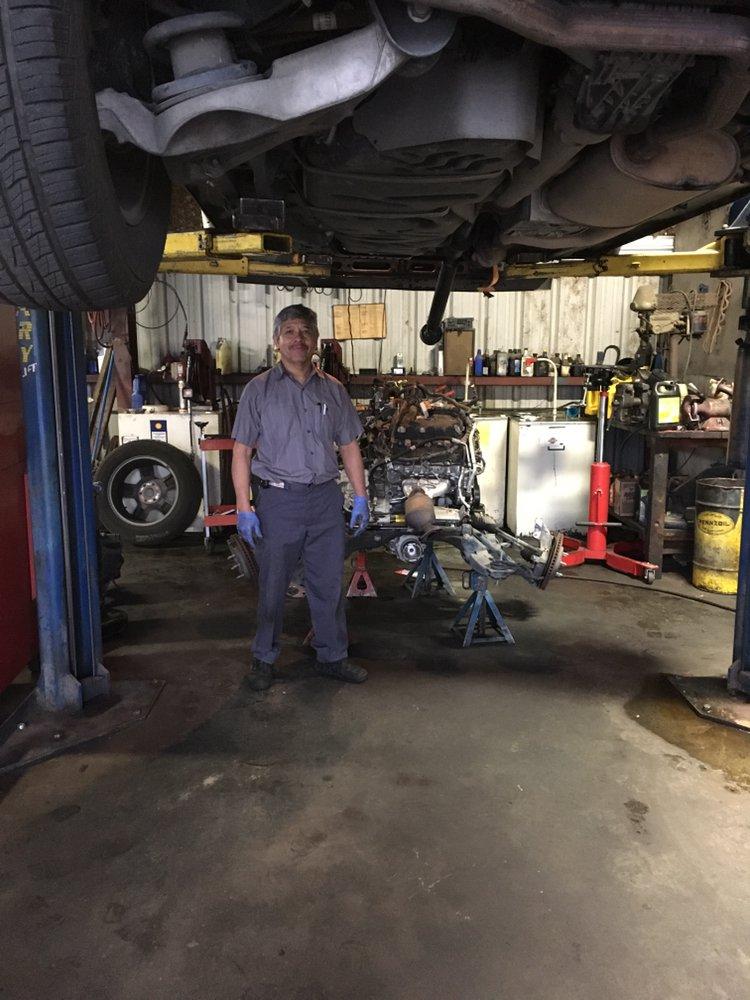 R & R Auto Repair: 115 W Merced St, Fowler, CA