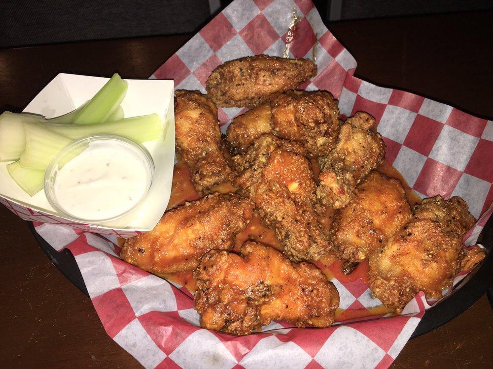 Scarlet D Tavern: 264 Chestnut St, Mifflinburg, PA