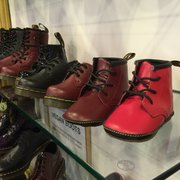f2d334a3385 ... Germany Photo of Dr. Martens Store - Hamburg, Germany. Dr. Martens gibt  es ...
