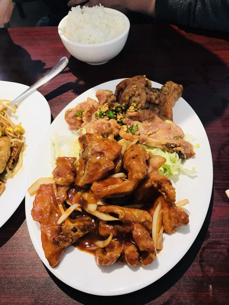 Ming Kitchen: 1015 University Avenue W, Windsor, ON