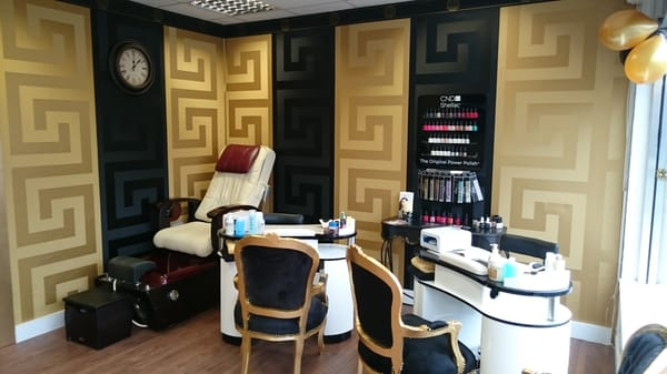 cc5601c2e538 House of Glam - Tanning - 53 Castle Drive