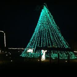 Lake Myra Christmas Lights - Home Decor - 210 E 4th St, Wendell ...