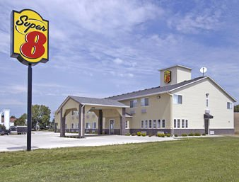 Super 8 by Wyndham Ida Grove: 90 East Highway 175, Ida Grove, IA