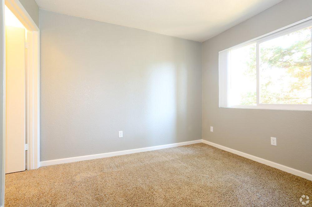 Brookside Apartments: 4849 Manzanita Ave, Carmichael, CA