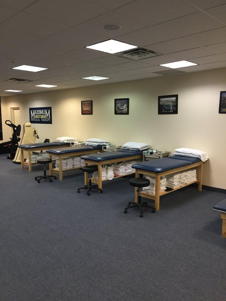 Maximum Motion Physical Therapy: 1470 Sunrise Hwy, Bay Shore, NY