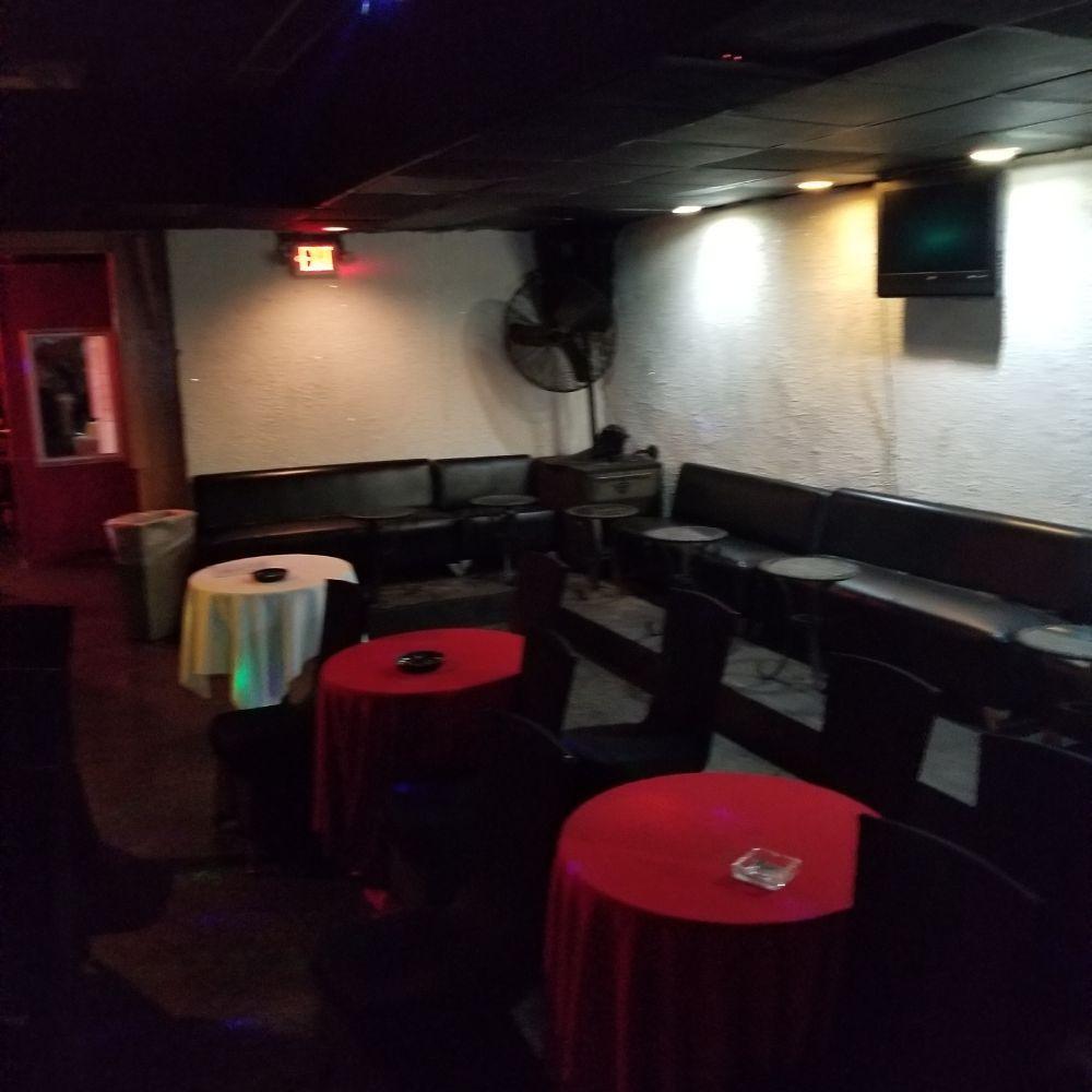4933  Music Event Lounge & Restaurant: 4933 Memorial Dr, Stone Mountain, GA