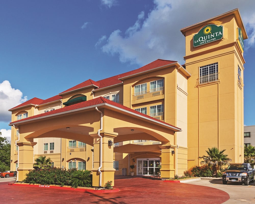 La Quinta by Wyndham Columbus: 2427 Hwy 71 South, Columbus, TX