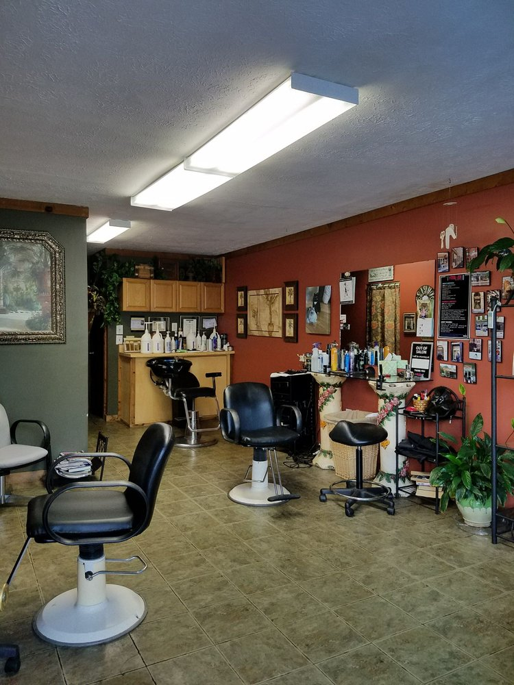 Total Look Hairstyling Studio: 708 18th Ave S, North Myrtle Beach, SC