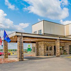 Photo Of Econo Lodge Waupaca Wi United States