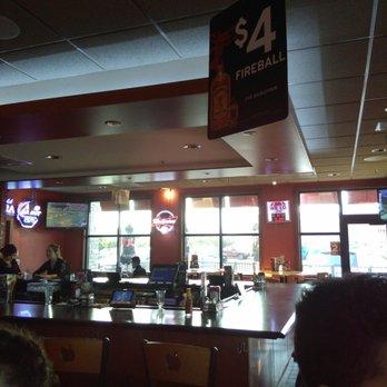 Applebees Grill Bar 55 Photos 76 Reviews Sports Bars 945
