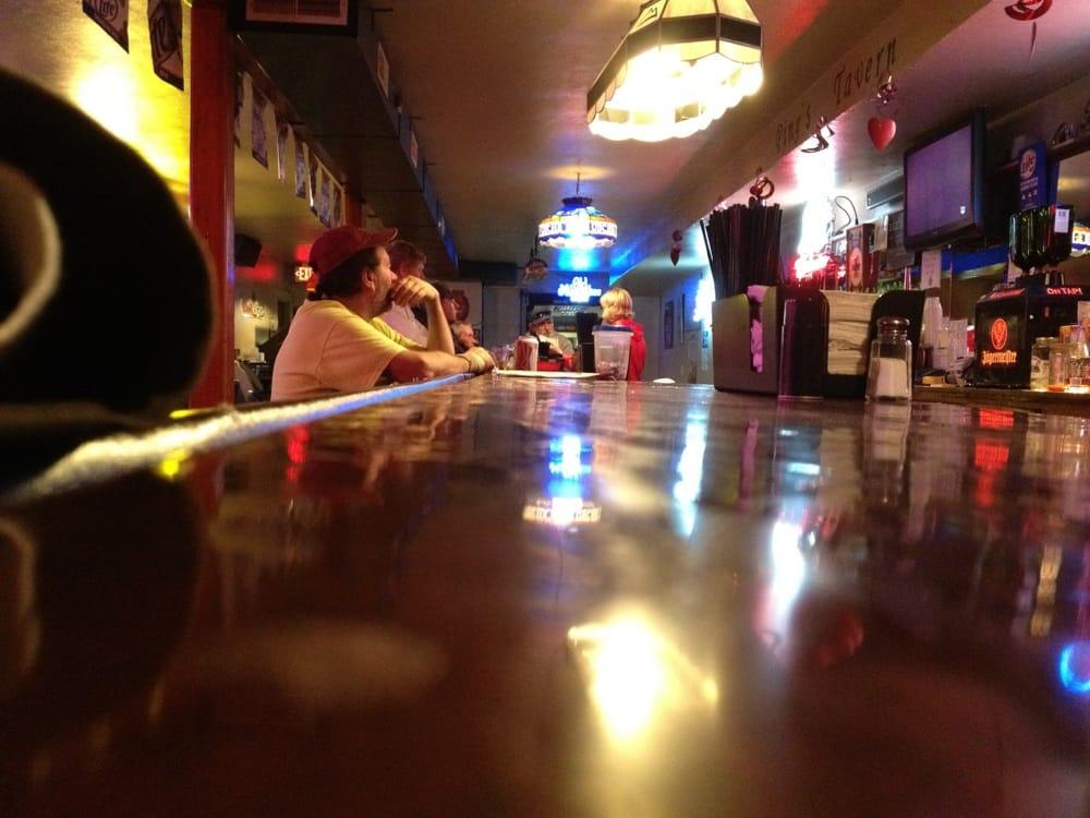 Ping's Tavern: 102 W Main St, Teutopolis, IL