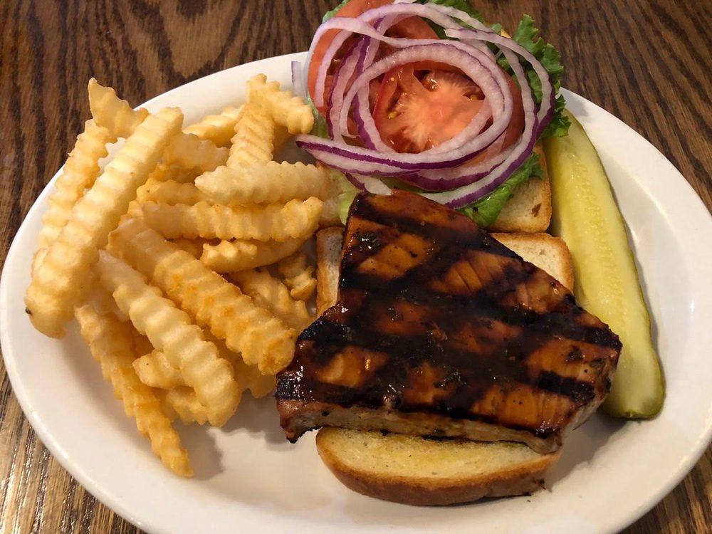 Murphy's Bar & Grill: 71 E 1st St, Riverside, IA