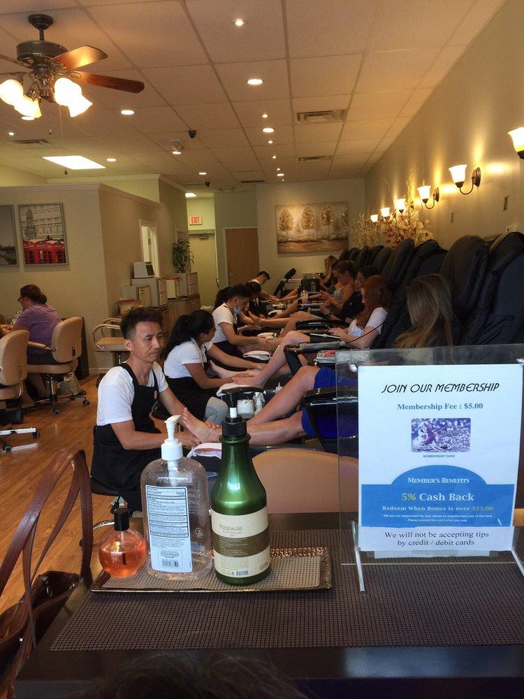 Hyacinth Nails & Spa: 1371 E Main St, Meriden, CT