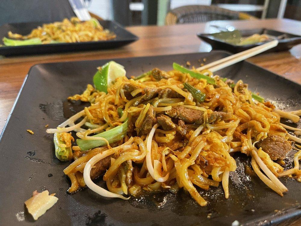 Rickshaw Thai Street Food: 1495 Alpharetta Hwy, Alpharetta, GA