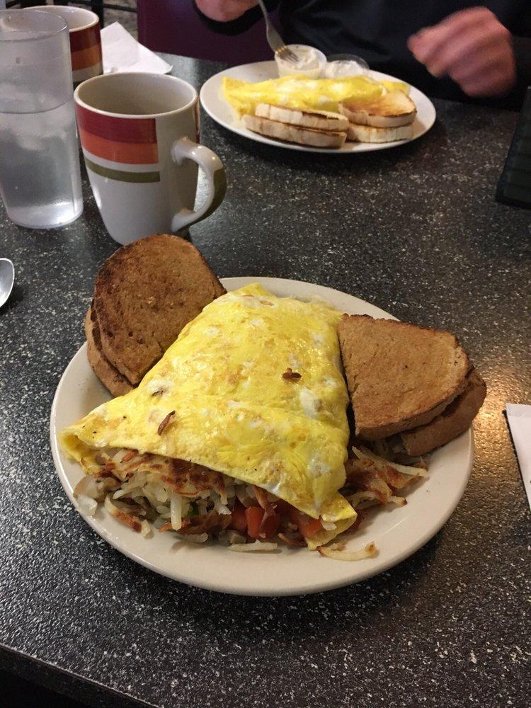 Buck's Restaurant: 218 S Main St, Ishpeming, MI