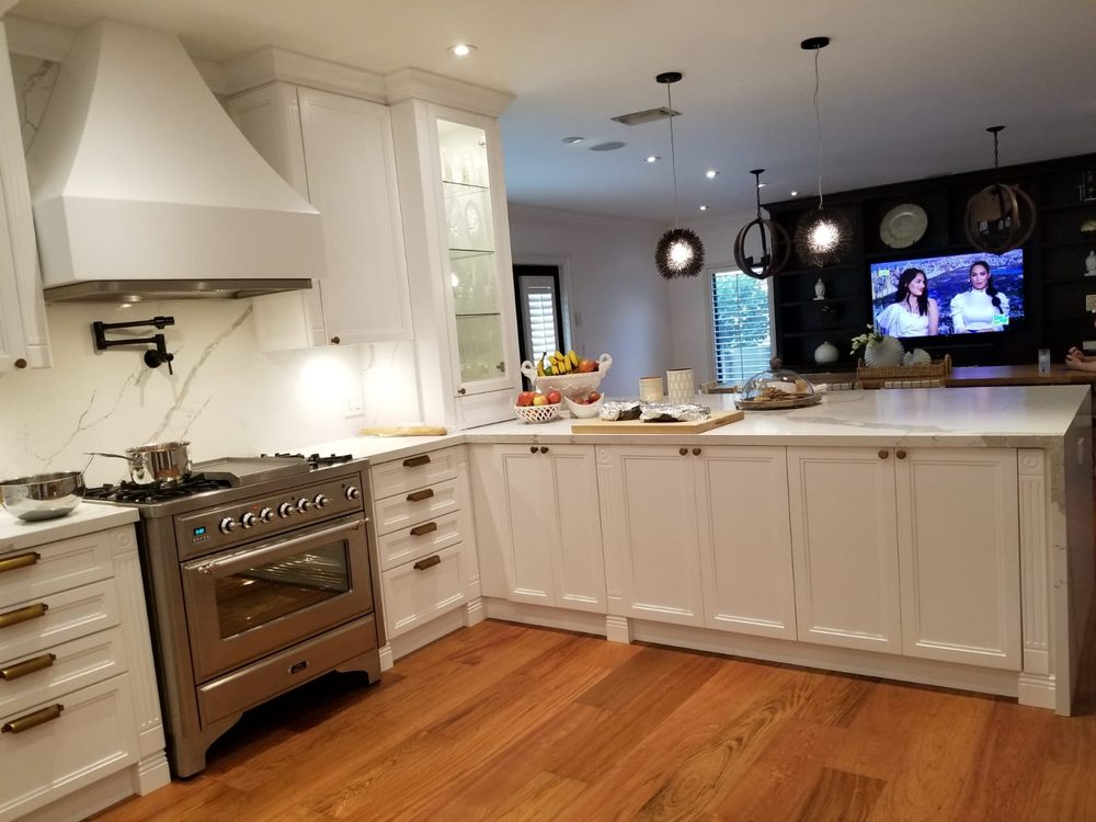 Miami Kitchens More Custom Kitchen Remodel Kitchen Remodeling