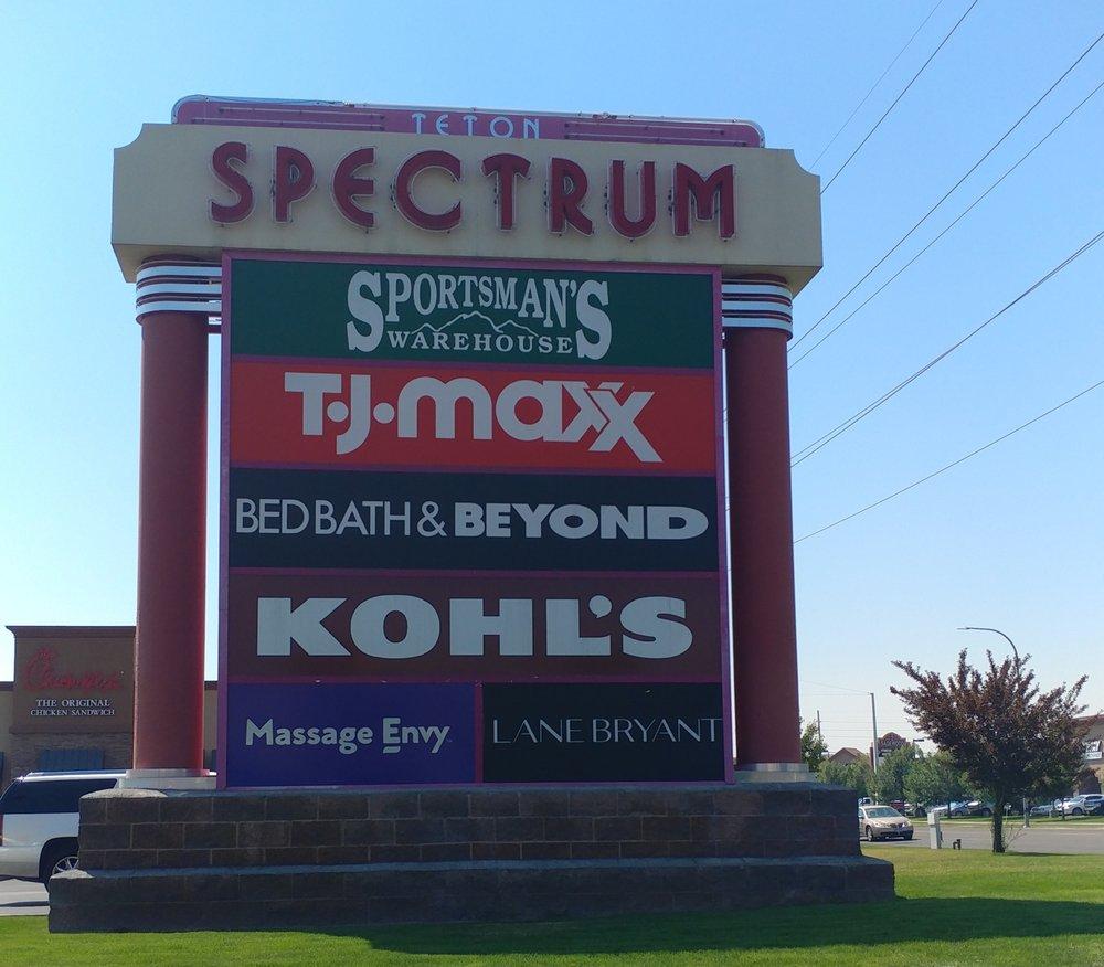 Ammon Shops at Teton Spectrum: 3033 S 25th E, Idaho Falls, ID