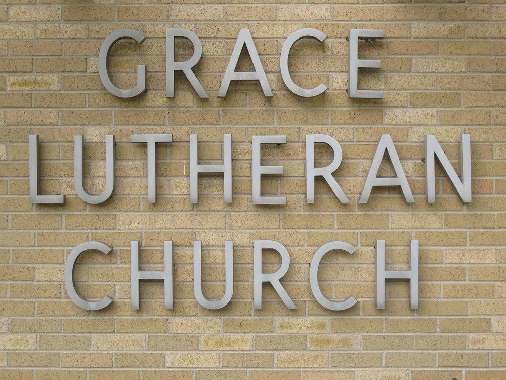 Grace Lutheran Church: 5N600 Hanson Rd, Saint Charles, IL