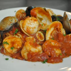 Photo Of Piccola Italia Restaurant Zephyrhills Fl United States Seafood Pasta