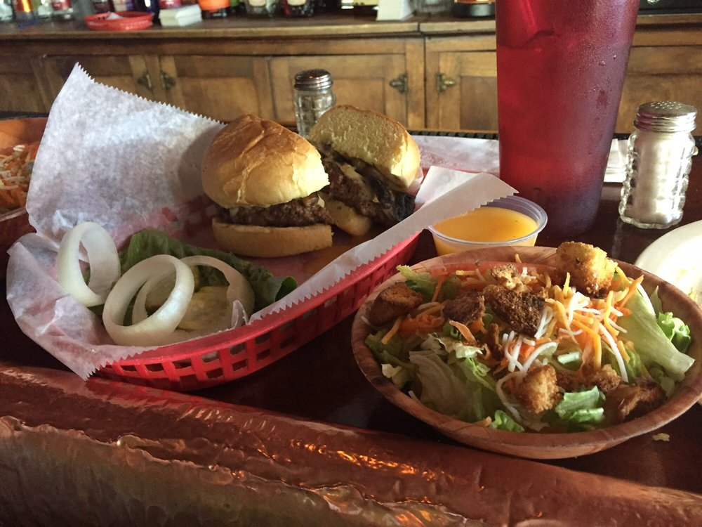The Copper Bar: 810 Wabash Ave, Terre Haute, IN