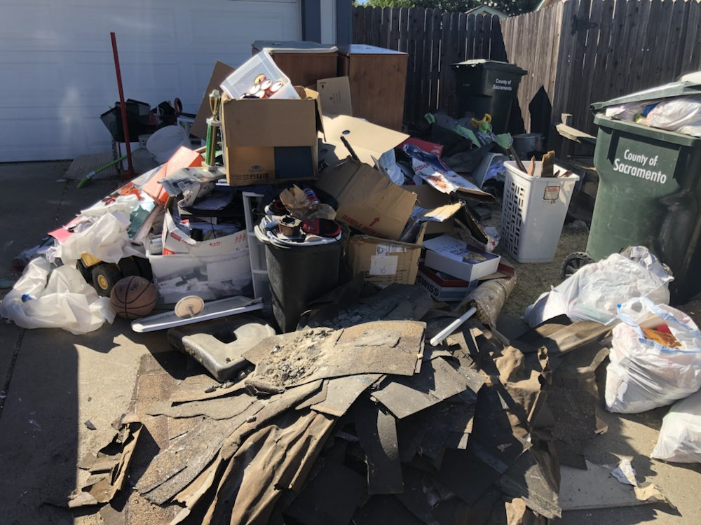K&M Hauling and Junk Removal: Antelope, CA