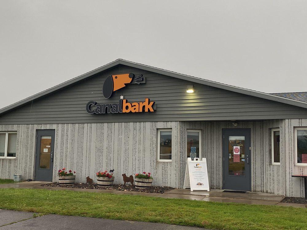 Canal Bark: 4502 Airpark Blvd, Duluth, MN
