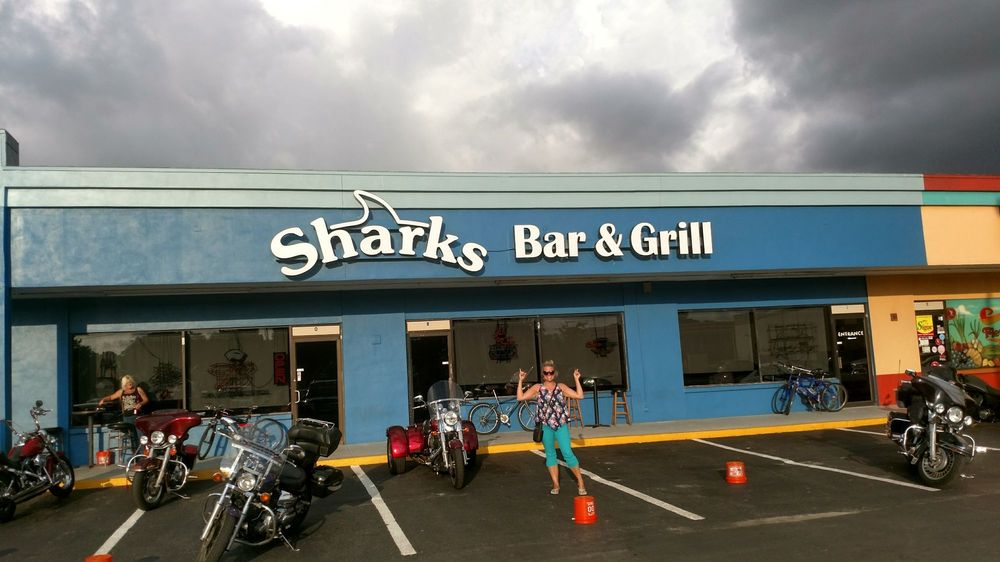 Sharks Bar & Grill: 1479 S Belcher Rd, Largo, FL