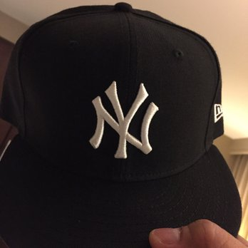 Lids - Sporting Goods - 100 W 33rd St 1ed817ce479
