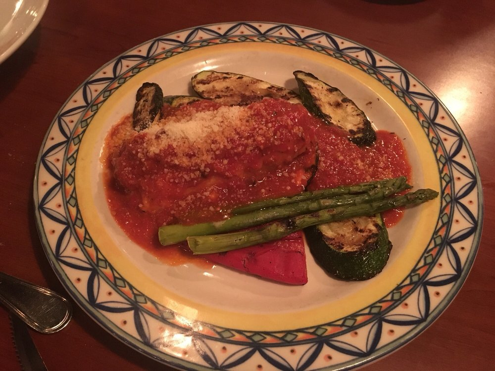 Guilford Bistro & Grille Cafe: 1016 Boston Post Rd, Guilford, CT