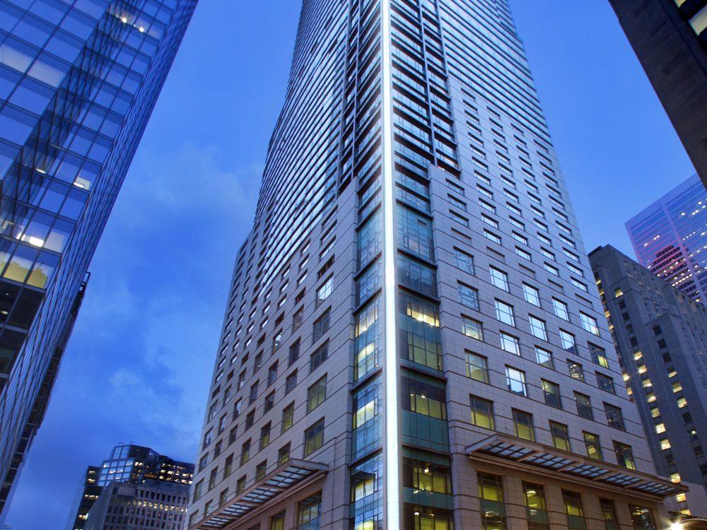Hotels Near Adelaide Street Toronto