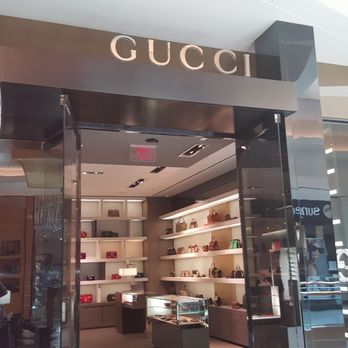 Gucci Tampa 25 Photos Leather Goods 2223 Nw Shore Blvd