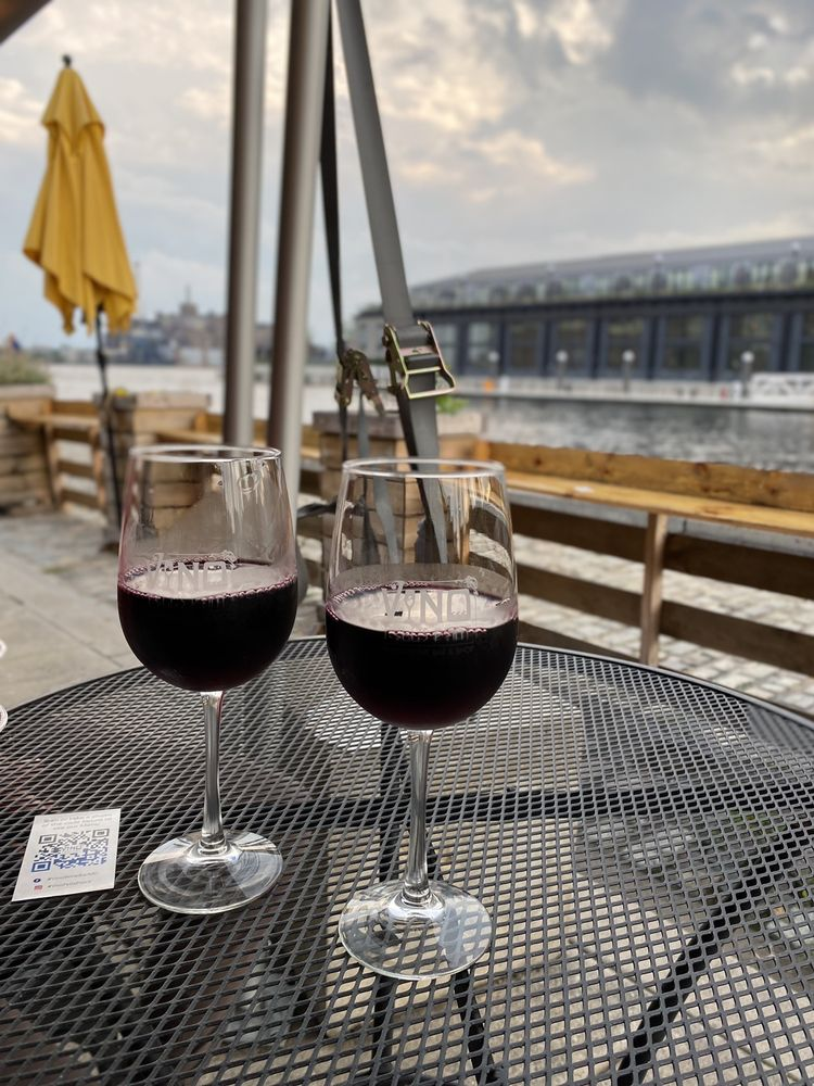 V-NO Wine Bar