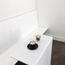 futuro 104 photos 54 reviews coffee tea 909 n 1st st