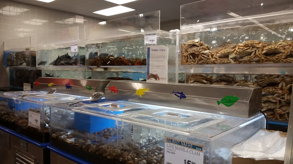 Love the live seafood selections available in the for Fish market las vegas