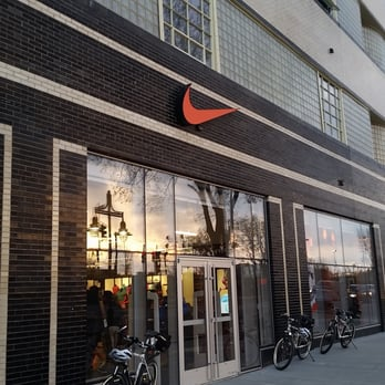 Nike Factory Store 43 Photos Amp 26 Reviews Sports Wear