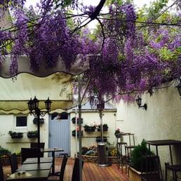 Patrick s bar beer bars 157 rue du g n ral leclerc for Le jardin bar