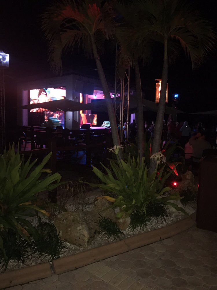 Wave Nightclub at Shephards: 601 S Gulfview Blvd, Clearwater Beach, FL