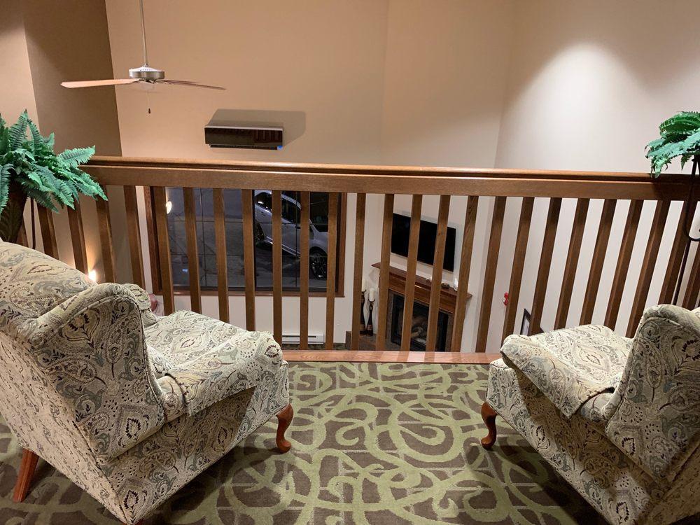 Shenandoah Inn & Suites: 680 W Sheridan Ave, Shenandoah, IA