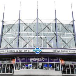 Regal Cinemas Evergreen Parkway 13 Rpx 54 Photos 127 Reviews