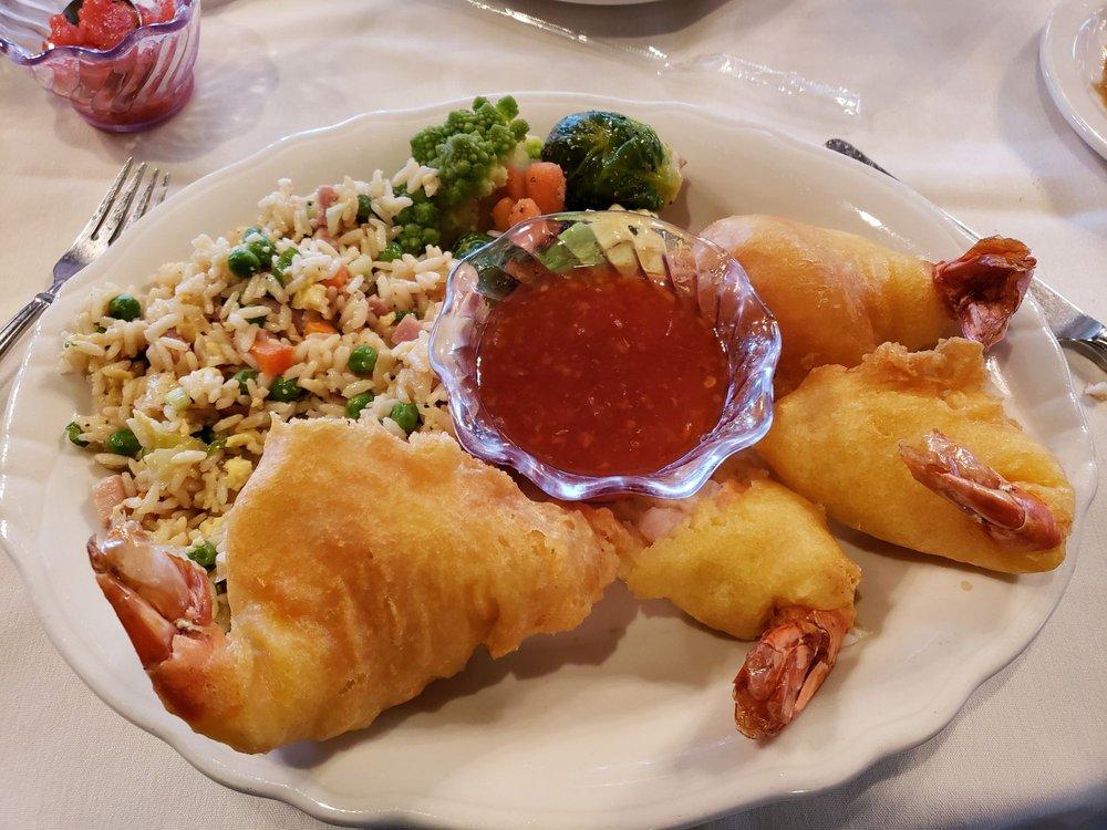 Carbon Country Club Restaurant: 3055 N Hwy 6, Helper, UT