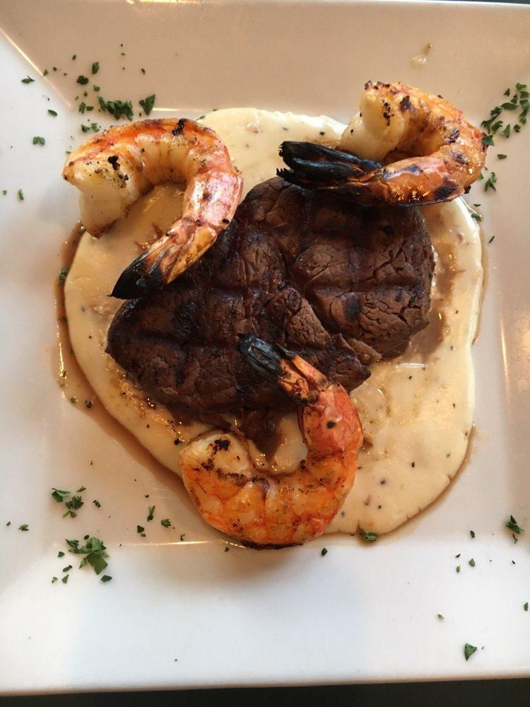 Boathouse Restaurant: 506 W Rio Grande Ave, Wildwood, NJ